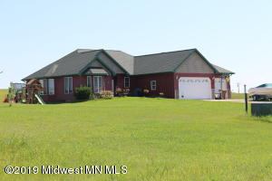 17165 Lakeview Lane, Audubon, MN 56511