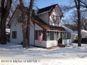 546 W Laurel Avenue, Fergus Falls, MN 56537