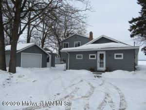 1478 W Lake Drive, Detroit Lakes, MN 56501