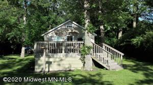 1452 East Shore Drive, Detroit Lakes, MN 56501
