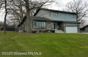 914 Pembina Trail, Detroit Lakes, MN 56501