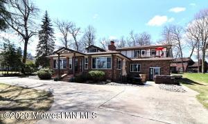 1088 West Lake Drive, Detroit Lakes, MN 56501