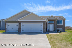 2451 Valley View, Hawley, MN 56549