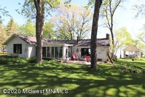 836 South Shore Drive, Detroit Lakes, MN 56501