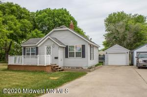 657 2nd Avenue SW, Perham, MN 56573