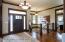 Foyer (11 foot ceilings)