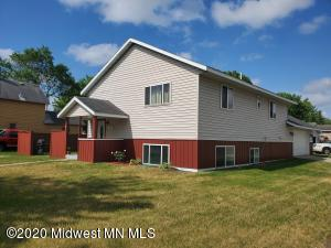 301 2nd Street SE, Staples, MN 56479