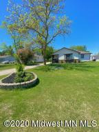 724 Richwood Road, Detroit Lakes, MN 56501
