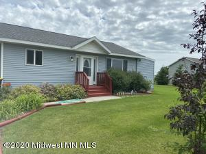 792 5th Street NE, Perham, MN 56573