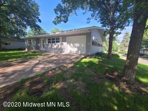 1417 Long Ave Avenue, Detroit Lakes, MN 56501