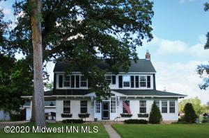 1249 Lake Avenue, Detroit Lakes, MN 56501