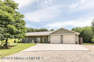 23594 Cherry Hill Drive, Detroit Lakes, MN 56501