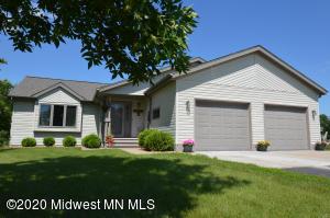 884 Willow Springs Road, Detroit Lakes, MN 56501
