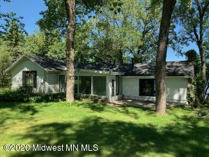 836 South Shore Drive, Detroit Lakes, MN 56501