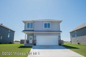 1305 Southwood Drive, Dilworth, MN 56529