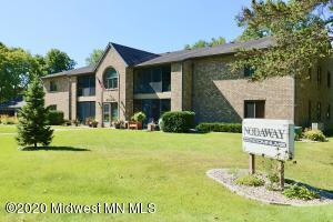 1826 Nodaway Drive, 203, Detroit Lakes, MN 56501