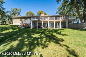 810 Longview Drive, Detroit Lakes, MN 56501