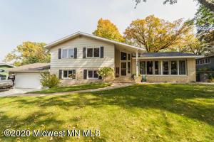 1415 Lori Avenue, Detroit Lakes, MN 56501