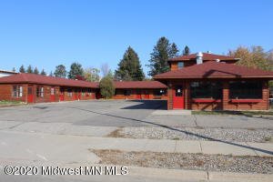 605 1st Street E, Park Rapids, MN 56470