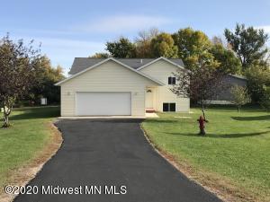 301 Lakeview Drive, Lake Park, MN 56554