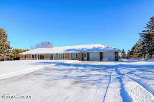 256 Long Lake Lane, Detroit Lakes, MN 56501