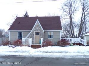 224 Elm Street W, Detroit Lakes, MN 56501