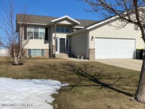 824 9th Street NW, Perham, MN 56573