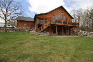 20465 Oakside Trail, Detroit Lakes, MN 56501