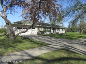 1701 3rd Street S, Moorhead, MN 56560