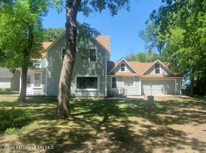 105 Dunton Street E, Battle Lake, MN 56515