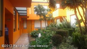 Departamento En Rentaen Cuajimalpa De Morelos, Contadero, Mexico, MX RAH: 17-128