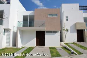 Casa En Ventaen Corregidora, Canadas Del Lago, Mexico, MX RAH: 18-205
