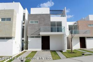 Casa En Ventaen Corregidora, Canadas Del Lago, Mexico, MX RAH: 18-206