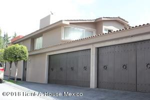 Casa En Rentaen Huixquilucan, La Herradura, Mexico, MX RAH: 18-239
