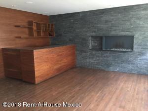 Departamento En Rentaen Miguel Hidalgo, Lomas Atlas, Mexico, MX RAH: 18-243