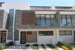 Casa En Ventaen Corregidora, El Condado, Mexico, MX RAH: 18-271