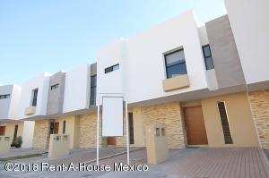 Casa En Ventaen Queretaro, El Refugio, Mexico, MX RAH: 18-272