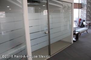 Oficina En Rentaen Queretaro, Arboledas, Mexico, MX RAH: 18-275