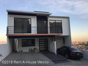 Casa En Rentaen Atizapan De Zaragoza, Lomas De Bellavista, Mexico, MX RAH: 18-289