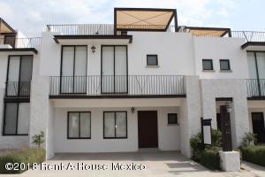 Casa En Ventaen Queretaro, Juriquilla, Mexico, MX RAH: 18-316