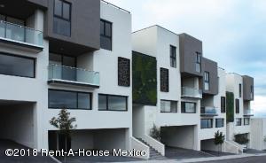Departamento En Ventaen El Marques, Zibata, Mexico, MX RAH: 18-324