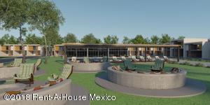 Terreno En Ventaen El Marques, Lomas Del Marques, Mexico, MX RAH: 18-472