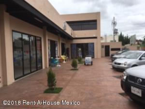 Local Comercial En Rentaen Corregidora, El Pueblito, Mexico, MX RAH: 18-378