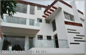Casa En Rentaen Huixquilucan, Bosque Real, Mexico, MX RAH: 18-382