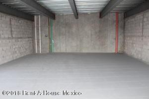 Local Comercial En Ventaen Corregidora, El Pueblito, Mexico, MX RAH: 18-386