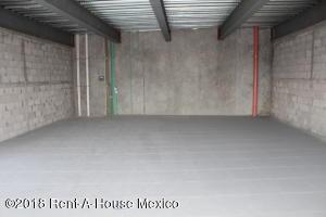 Local Comercial En Rentaen Corregidora, El Pueblito, Mexico, MX RAH: 18-393