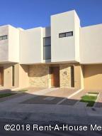 Casa En Rentaen Queretaro, El Refugio, Mexico, MX RAH: 18-399
