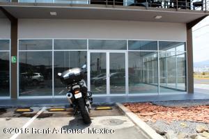 Local Comercial En Ventaen Corregidora, El Pueblito, Mexico, MX RAH: 18-387