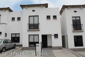 Casa En Rentaen Queretaro, Juriquilla, Mexico, MX RAH: 18-437