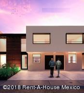 Casa En Ventaen Queretaro, San Isidro Juriquilla, Mexico, MX RAH: 18-478